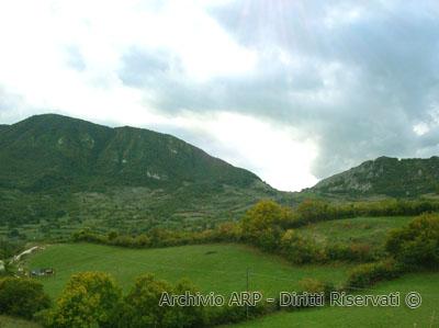 Panorama del Monte Navegna da Vallecupola