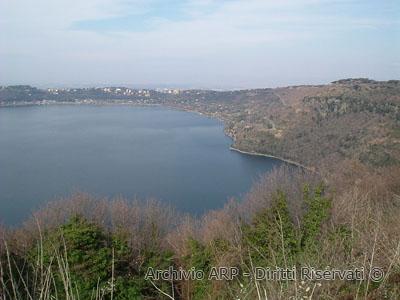 Panorama del Lago di Albano